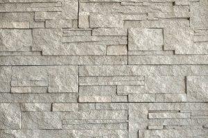 Lámaný kameň bielosivý