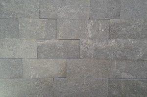 Prírodný kameň Gnais rezaný 10 cm