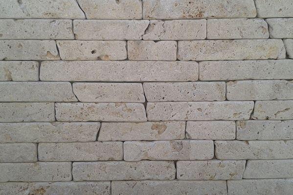 Prírodný kameň Moon Bricks