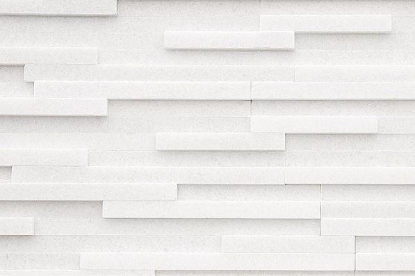 Prírodný kameň White remienok leštený